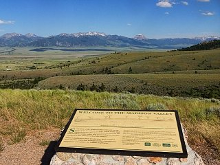 Click image for larger version  Name:MT Madison Valley.jpg Views:17 Size:406.2 KB ID:38702