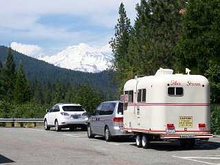 Click image for larger version  Name:Mount Shasta.jpg Views:10 Size:88.3 KB ID:38706