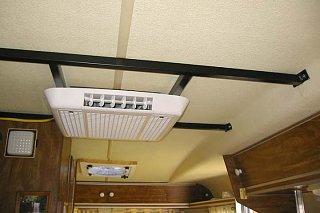 Trillium 5500 Sagging Roof Fiberglass Rv