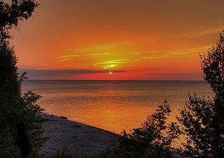Click image for larger version  Name:MI Sunset 2.jpg Views:47 Size:399.2 KB ID:49499