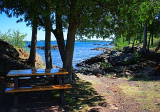 Click image for larger version  Name:MI picnic table.jpg Views:37 Size:376.6 KB ID:49507