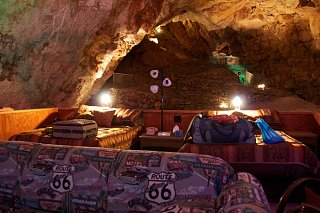 Click image for larger version  Name:gc_caverns_suite_route_66-187.jpg Views:15 Size:85.7 KB ID:54990