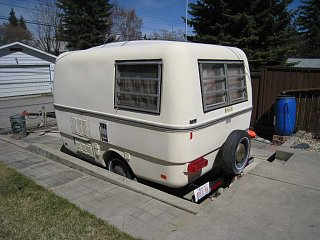 Reduced - 1974 - Trillium 1300 - 4500Cdn - Outside - Rear - Road Side.jpg