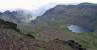 Click image for larger version  Name:The_Steens__view_of_Wildhorse_Lake.jpg Views:111 Size:77.8 KB ID:625