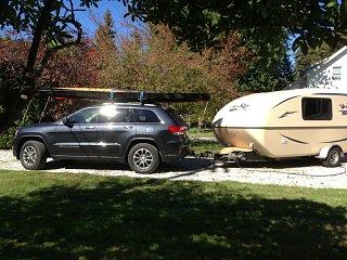 2014 jeep grand cherokee towing report fiberglass rv. Black Bedroom Furniture Sets. Home Design Ideas