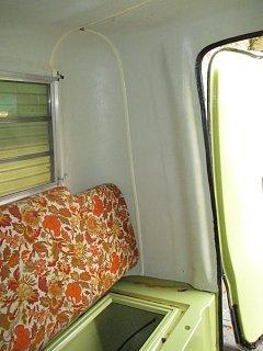 Trillium 1300 - Humpty Dumpty - Inside 06.jpg