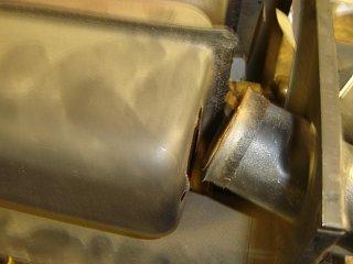 6 - Broken exhaust pipe.jpg