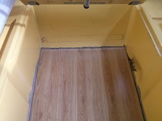 Click image for larger version  Name:fiberglass repair by table bed 1.jpg Views:21 Size:182.2 KB ID:70264