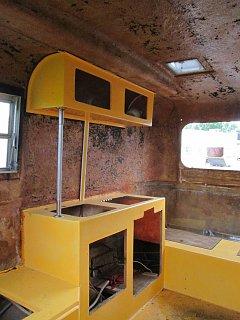 13-66 kitchen 02.jpg