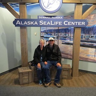 AlaskaSeaLifeCenter.Seward small.JPG