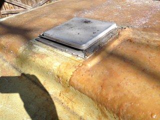 Trailer roof & vent.jpg