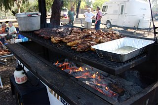 Click image for larger version  Name:BBQ.jpg Views:36 Size:109.3 KB ID:7808