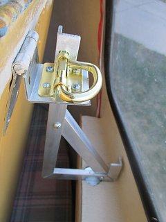 Top Bunk latch locked in bunk bracket.jpg