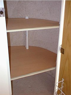 Closet_shelves_1.JPG