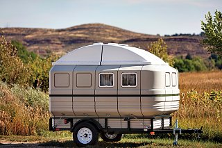 unique-trailers-tailfeather-1.jpg