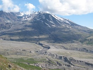 Click image for larger version  Name:Mt._St._Helens.jpg Views:43 Size:65.6 KB ID:8704