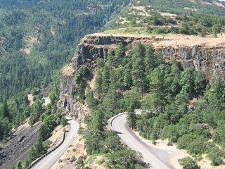 Click image for larger version  Name:Rowena_Plateau__Columbia_Gorge_.jpg Views:51 Size:112.7 KB ID:8707