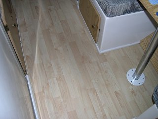 Click image for larger version  Name:Laminate_floor_2.JPG Views:130 Size:141.1 KB ID:876