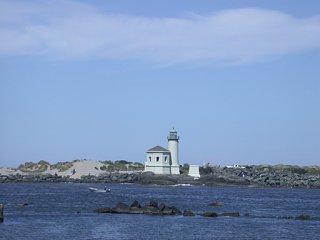 Bandon_Lighthouse.jpg