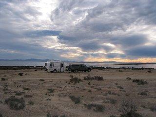 First_Campsite_at_Laguna_Ojo_de_Liebre.JPG