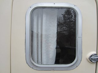 Trillium Door Window May 2016IMG_1450.jpg