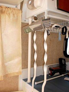 Cabinet wiring.jpg