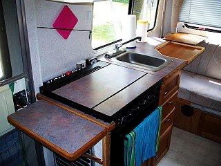 kitchenh.jpg