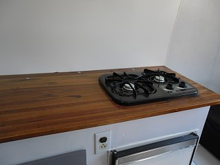 Click image for larger version  Name:stove.jpg Views:8 Size:123.0 KB ID:96549