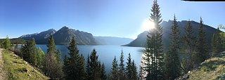 Lake Minnewanka.jpg