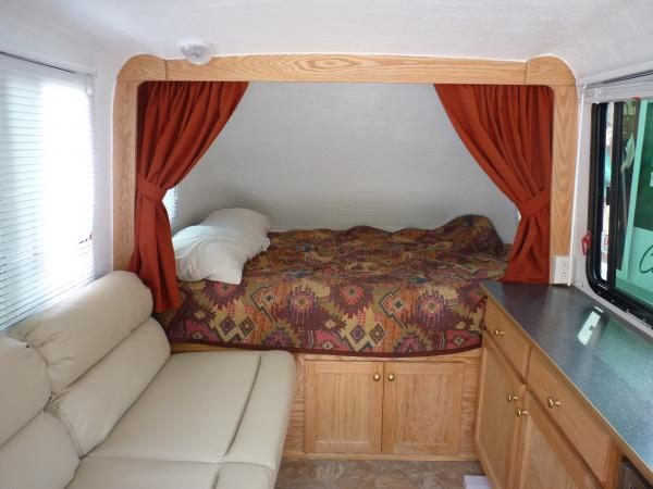 Airstream Travel Trailer >> ColoRockiesFan's Trailer :: Lil Snoozy